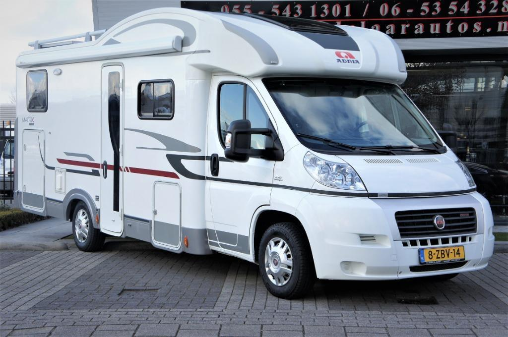 Camper 41 - Adria Matrix M 680 SP
