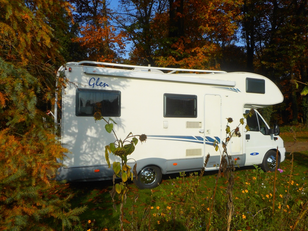 Camper 19 - MC Louis 690